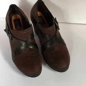 Clarks booties, size 8 brown and black